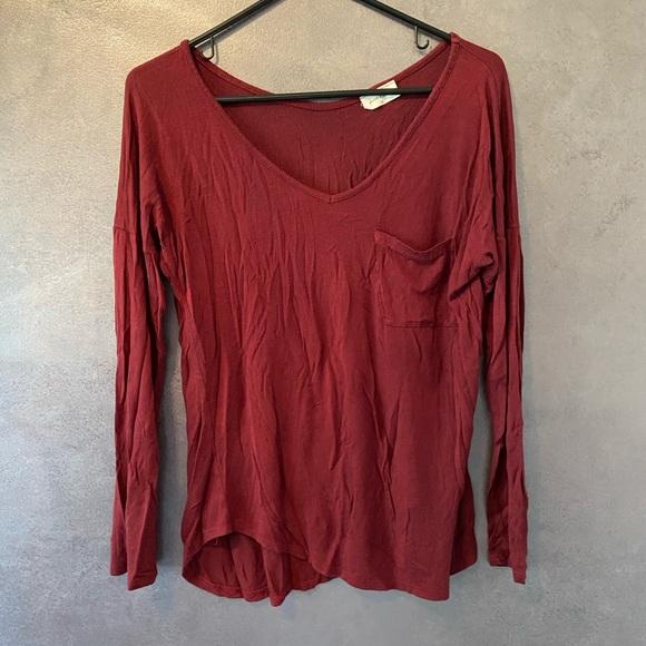 Free Kisses Tops - Free Kisses long sleeve blouse medium